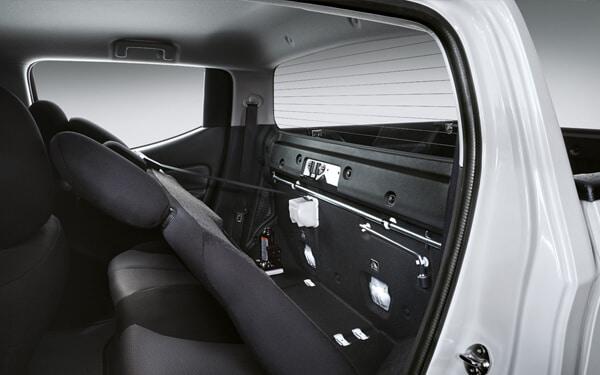 Triton Quest Interior Storage Space | Mitsubishi Motors Malaysia
