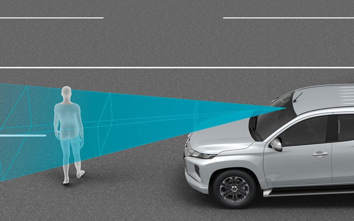 Mitsubishi Triton Collision Mitigation Sensor | Mitsubishi Motors Malaysia