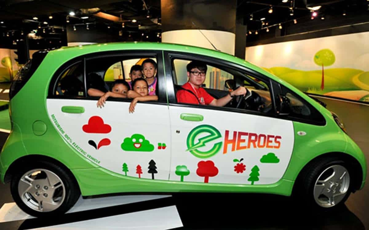 Mitsubishi CSR e-Heroes Petrosains | Mitsubishi Motors Malaysia