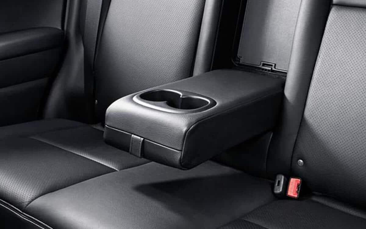 Mitsubishi ASX Foldable Rear Arm Rest | Mitsubishi Motors Malaysia