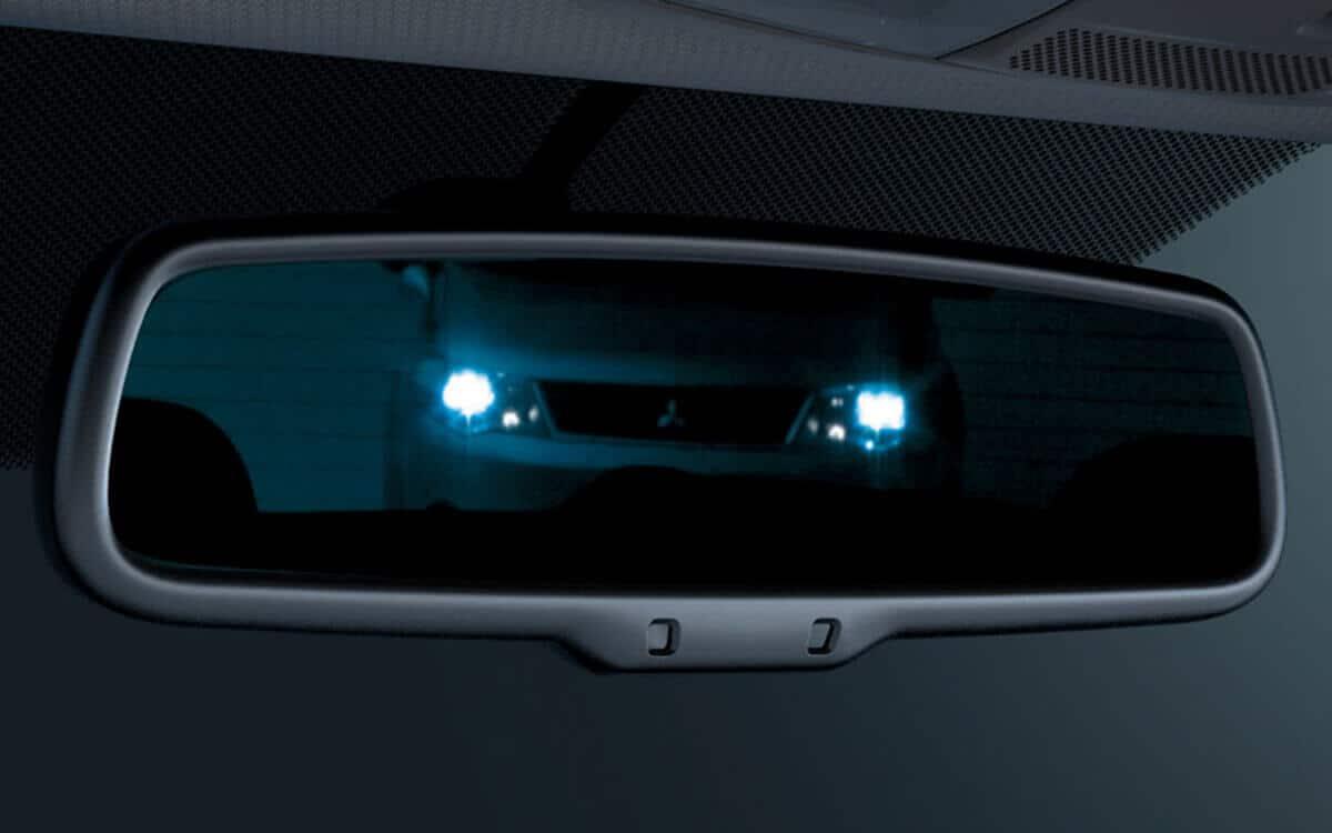Mitsubishi Outlander Auto Dimming Rear View Mirror | Mitsubishi Motors Malaysia