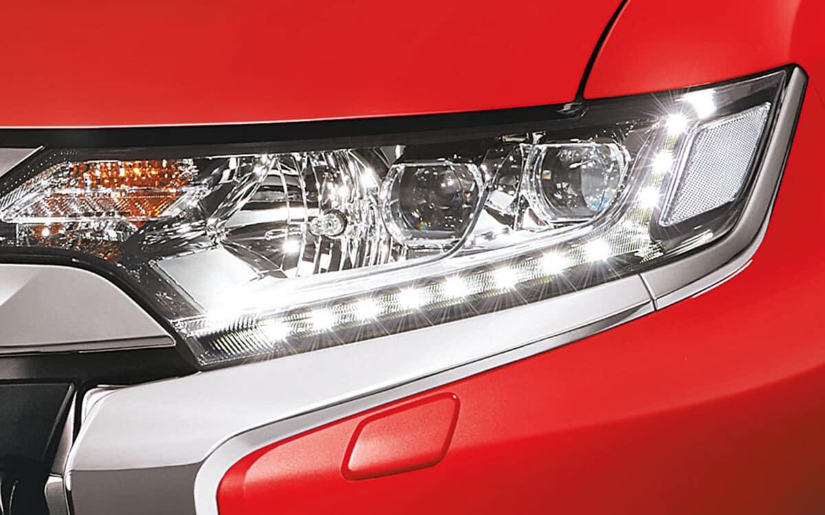 Mitsubishi Outlander LED Headlamps DRLS | Mitsubishi Motors Malaysia