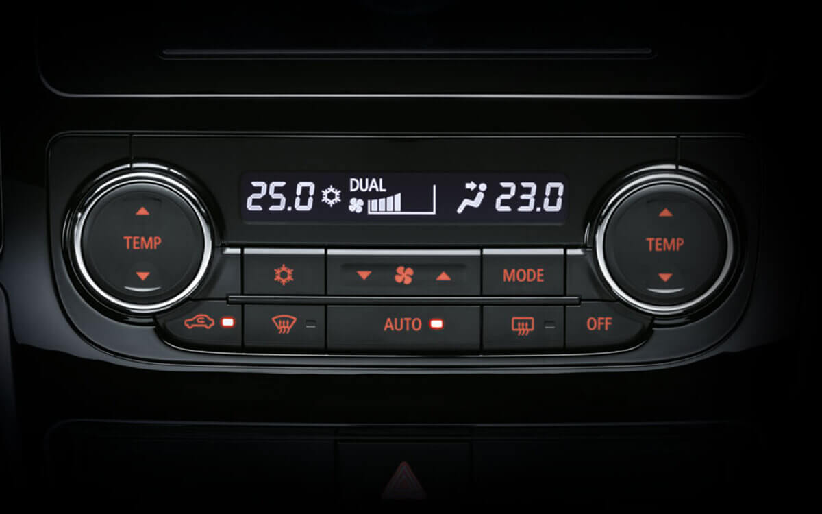 Outlander Dual Zone Climate Control | Mitsubishi Motors Malaysia