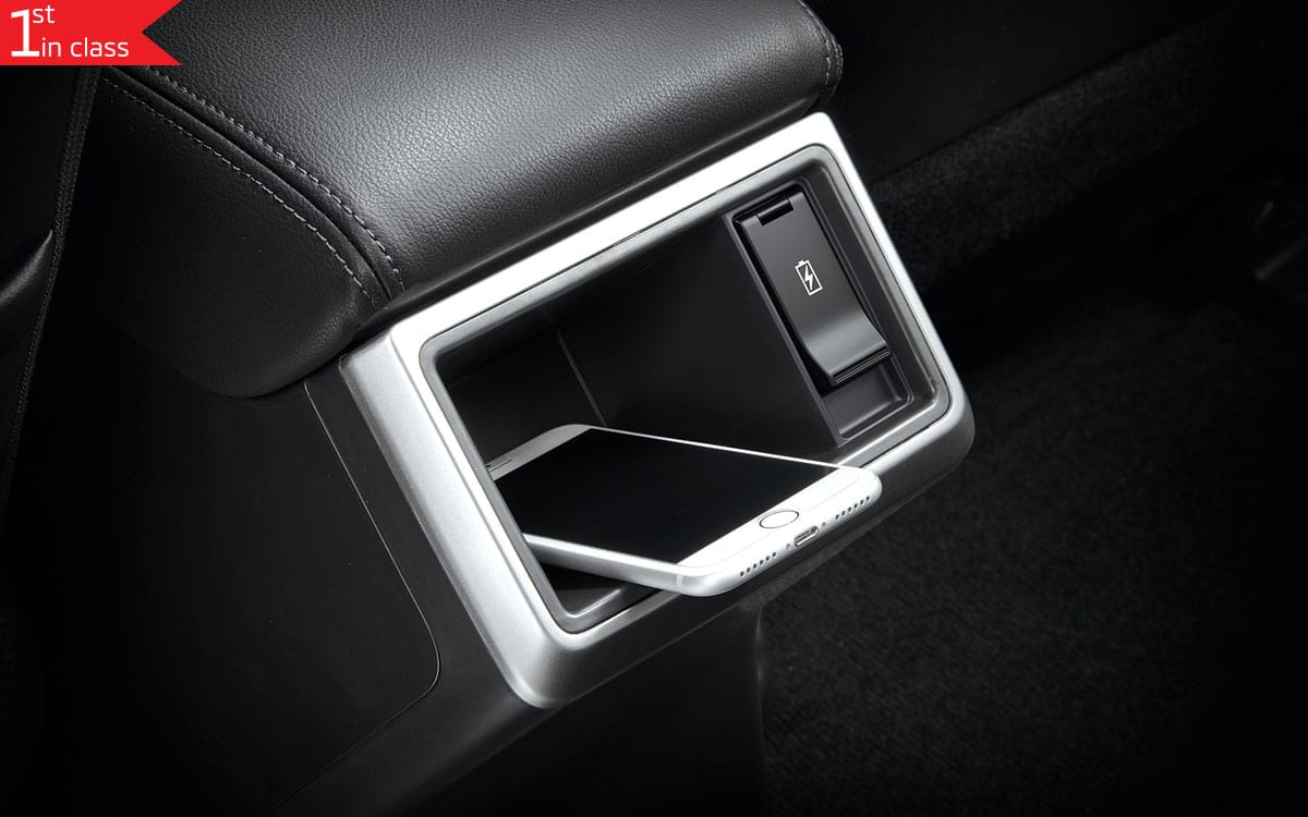 Triton 4x4 Interior Wireless Charger | Mitsubishi Motors Malaysia