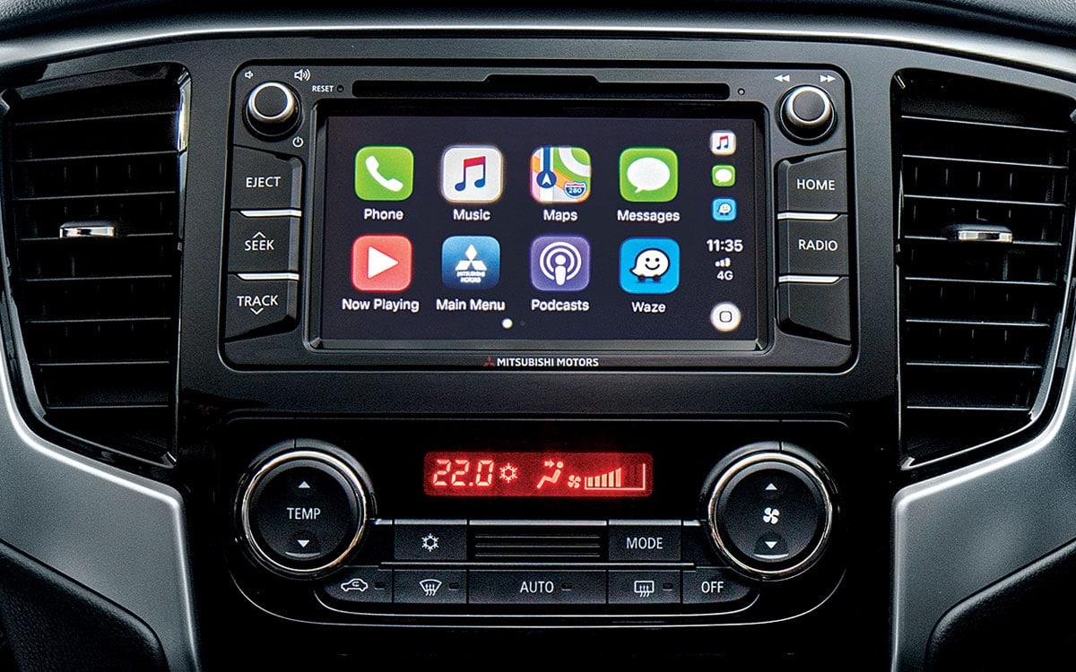 Triton 4x4 Touch screen Apple Car Play | Mitsubishi Motors Malaysia
