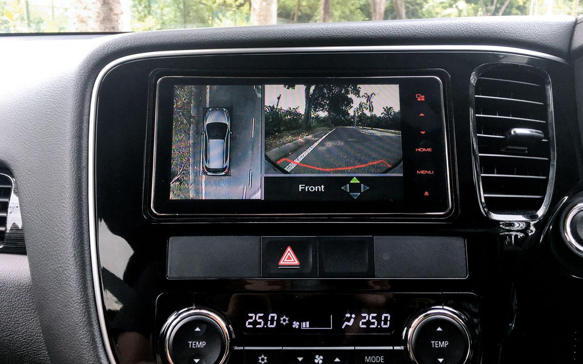 Outlander All round Monitor Camera | Mitsubishi Motors Malaysia