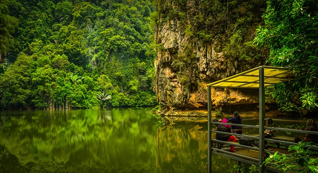 Mirror Lake | Mitsubishi Motors Malaysia