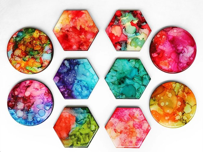 Craft at No.7 Colourful Resin Coasters | Mitsubishi Motors Malaysia