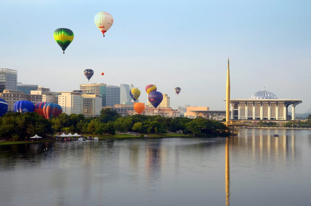 Outdoor Activities Malaysia – Hot Air Ballooning | Mitsubishi Motors Malaysia