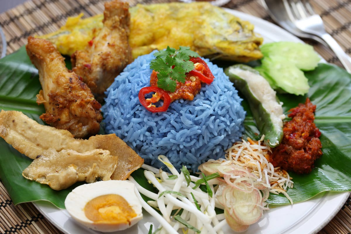 Terengganu Food: Nasi Kerabu | Mitsubishi Motors Malaysia