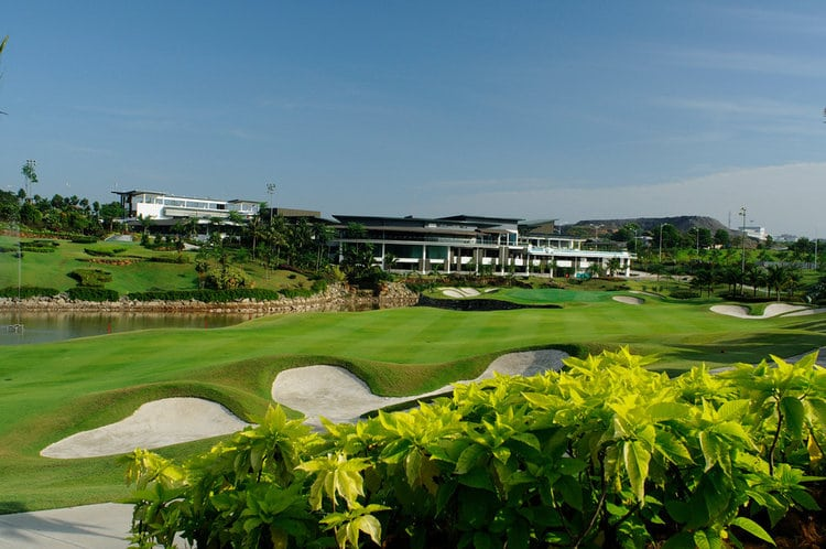 Palm Garden Golf Club – Best Golf Courses in Selangor | Mitsubishi Motors Malaysia