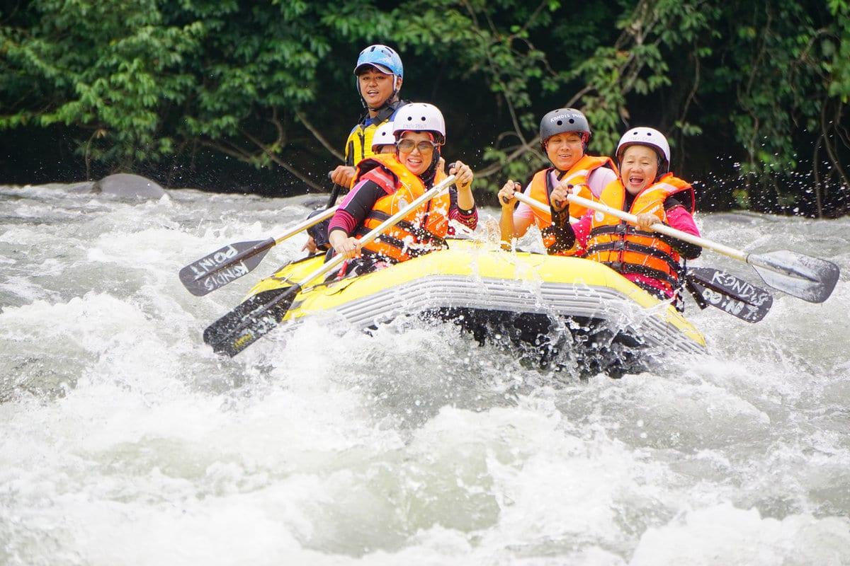 Outdoor Activities Malaysia – White Water Rafting | Mitsubishi Motors Malaysia