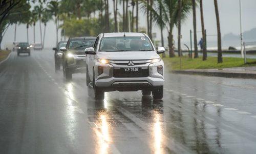 Triton Media Drive in Rain | Mitsubishi Motors Malaysia